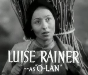 Luise_Rainer_in_The_Good_Earth_trailer_2